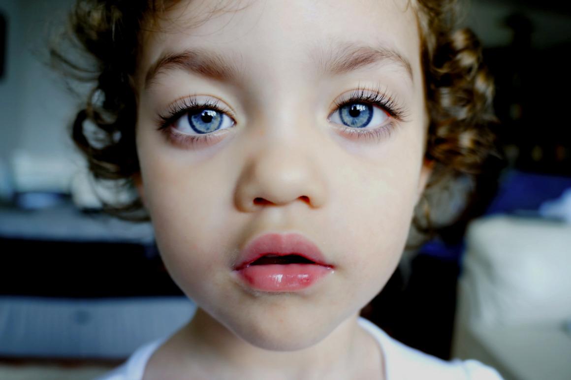 changer couleur yeux