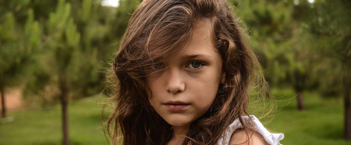 cheveux de petite fille
