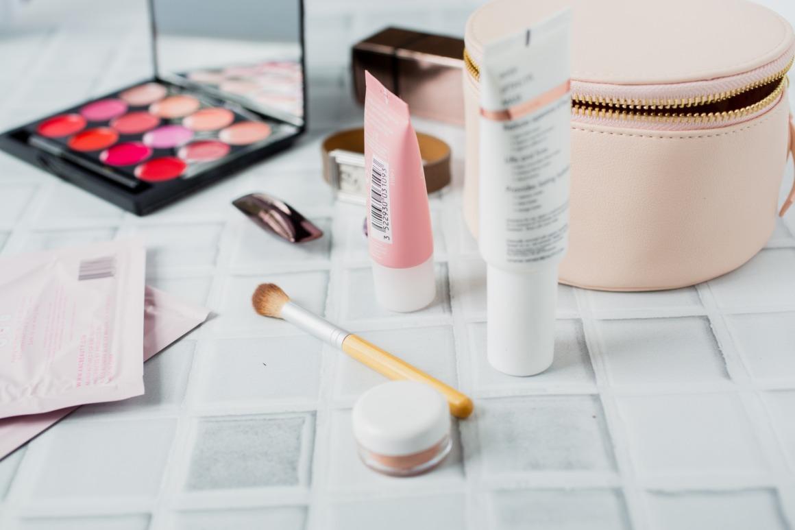 échantillon maquillage