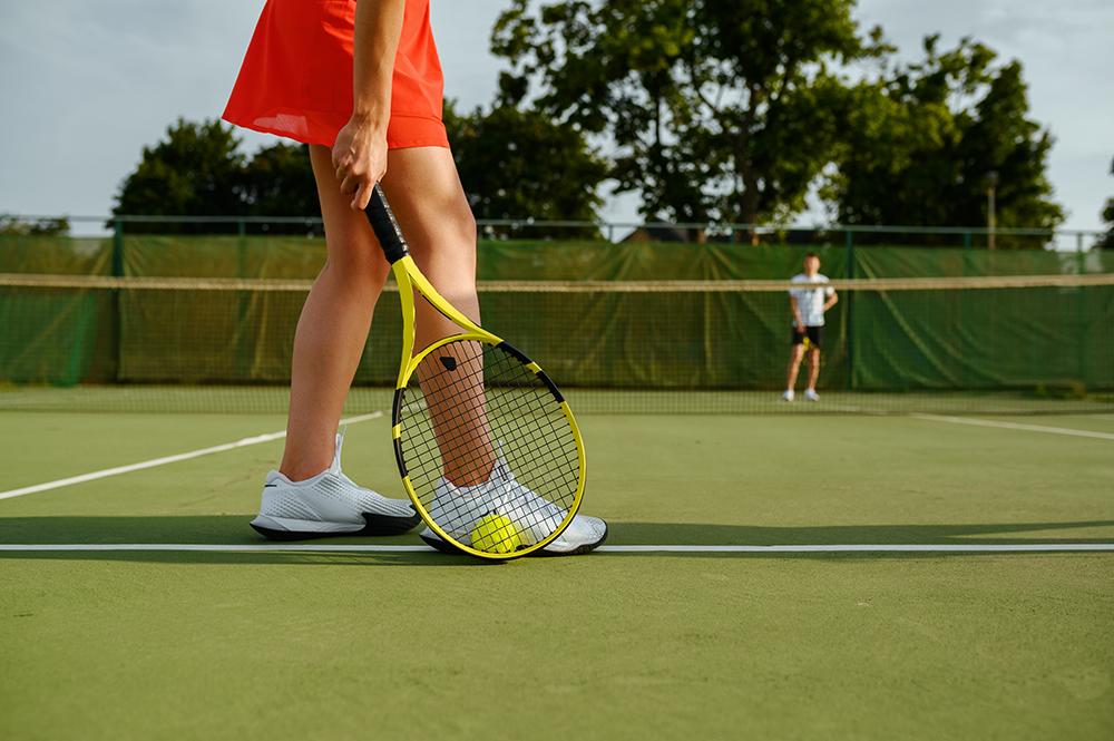 jouer au tennis